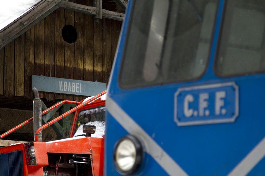 automotor pe CFF Viseu de Sus foto Daniel Secarescu
