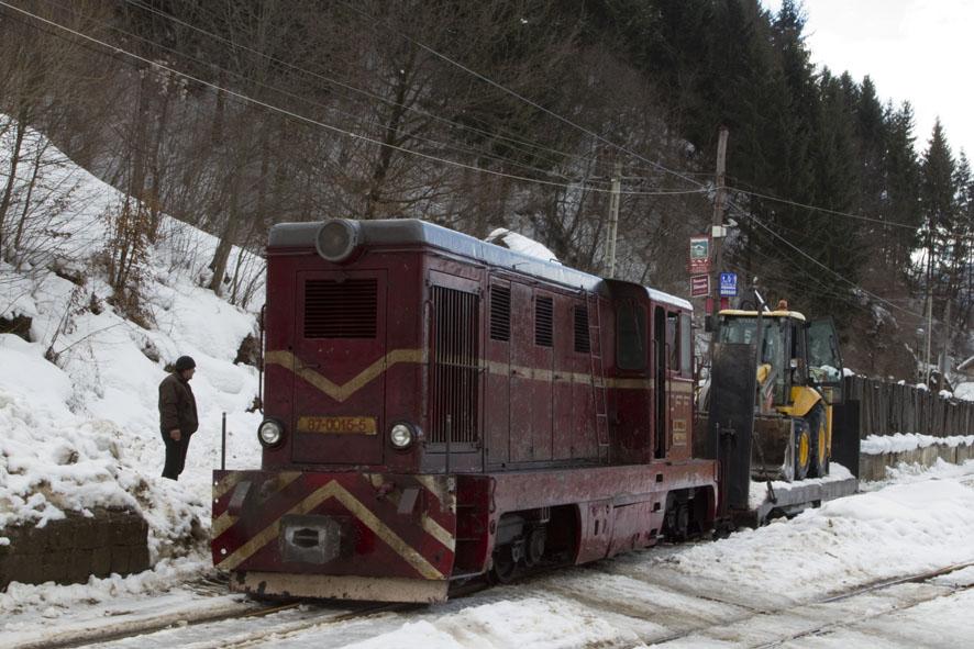 diesel train on CFF Viseu foto Daniel Secarescu